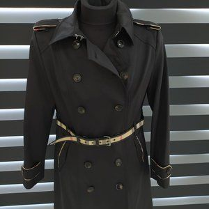 BURBERRY BLACK TRENCHCOAT 2021 SO CHIC BIG DEAL!